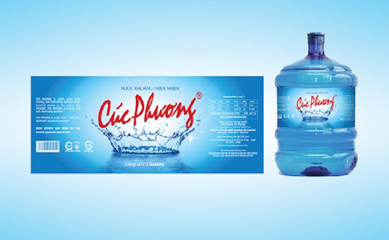 Làm sao để in tem nhãn chai nước thật nổi bật?