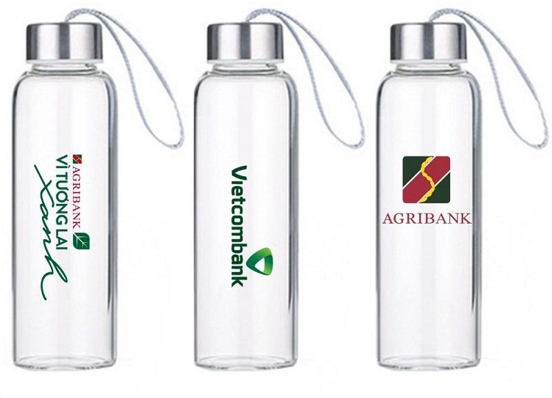 Nên chọn đơn vị in logo chai thủy tinh nào chất lượng cao?
